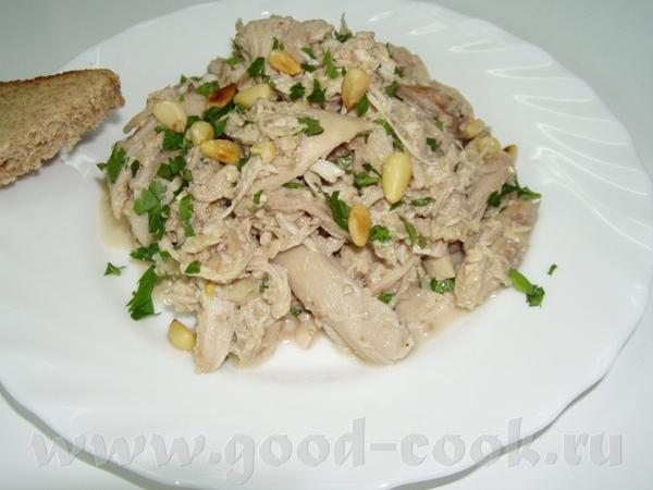 Баклажанная икра с тхиной и кедровыми орешками Куриное мясо под ореховым соусом Капустные оладьи - 2