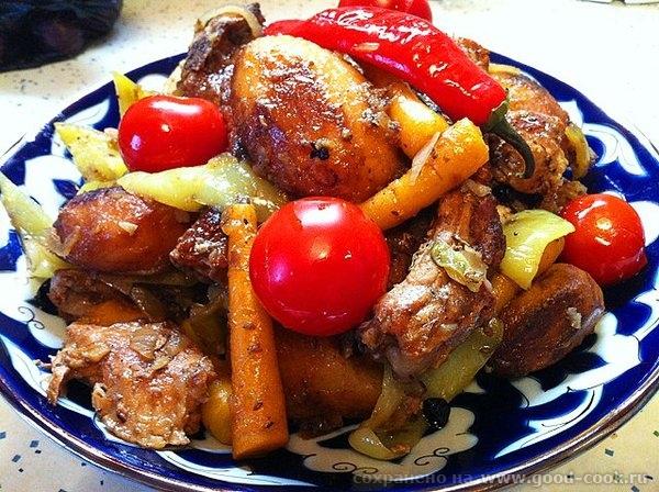 Рецепт прост: обжариваем картофель целиком, вынимаем откладываем посыпаем солью; обжариваем мясо, солим мясо и посыпаем... - 16