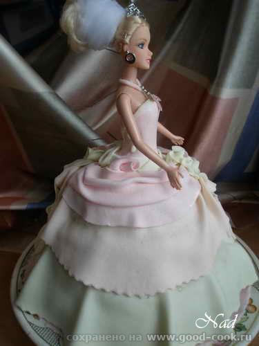 """УКРАШЕНИЕ ПОДАРОЧНОГО ТОРТА """"БАРБИ"""" Пекла и украшала тортик на 4-летие крестницы Юлички - 3"""