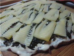 Мясной рулет с черносливом и сыром Ингредиенты: - 500 г свинины (у меня был брусочек задней части)... - 6