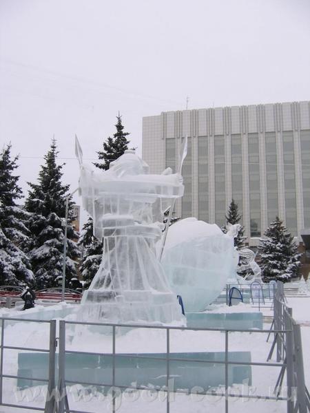 у нас это не конкурс, у нас это просто традиция - ежегодно делать ледяные городки, Сибирь, однако В... - 5