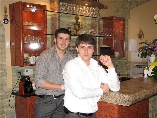 Девы, приткну пару фоток ишшо: Мы с Дианкой в ресторане: А это бухарский зеленый плов БАХШ сейчас б... - 3