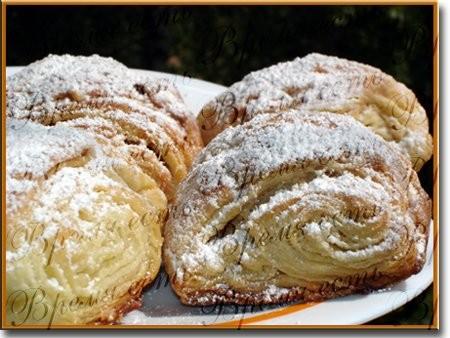 Датские булочки Салат с креветками Пшенично-ржаные булочки
