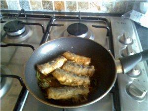 картошечка в сметане с сыром(муж оч любит)и капустка и моя рыбка - 2