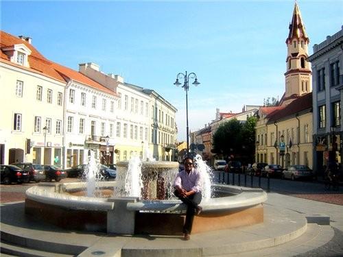 Ниагарской водопад литовского разлива Центр Вильнюса, старый город, Ратуша главная улица столицы -... - 6