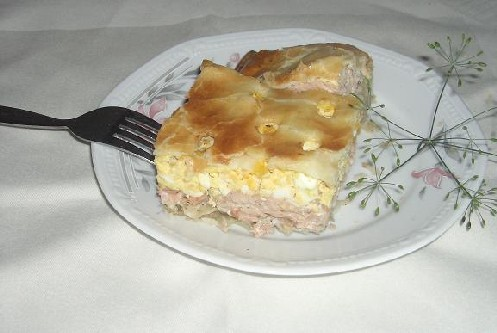 Большое спасибо Леночке- за рецепт бесподобного рыбного пирога и кукурузных оладушек