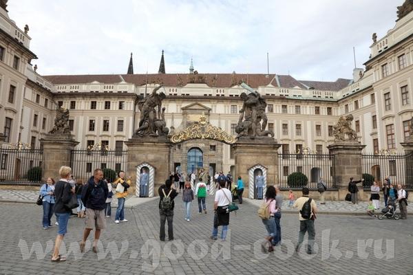 Пражская Венеция Пражский Град, или как ещё его называют Пражский Кремль Пражский Католический храм... - 3