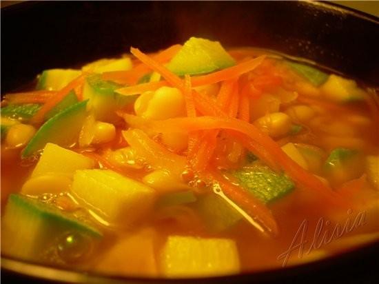 Чтобы не было нареканий, что закормила вас сладким и булками, несу очень вкусный постный суп по Мек...