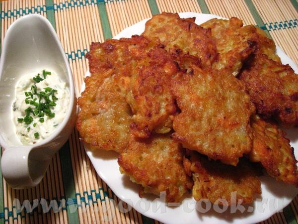 Драники с рыбой Картофель – 1 кг Филе лосося - около 500 гр Лук – 1 крупный Яйцо - 3 шт