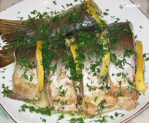 Это мой любимый рецепт приготовления рыбы, правда он прост до безобразия, но вкусно