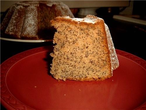 Рассыпчатый, не сильно сладкий кекс