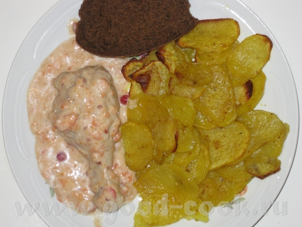 это наши два ужина картофель с кари запеченный в духовке и курочка с кисло-сладким соусом и рыбка в...