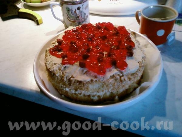 Вот на полдник принесла Вам тортик ТОРТ БИСКВИТНЫЙ С МАСЛЯНЫМ КРЕМОМ РЕЦЕПТ 5 яиц 200 гр сах