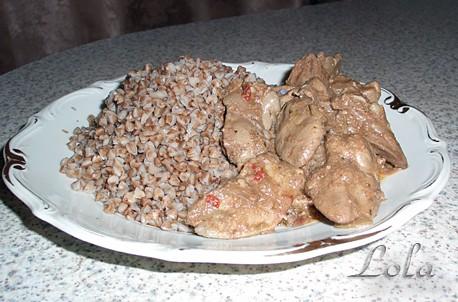 Тушёная куриная печень