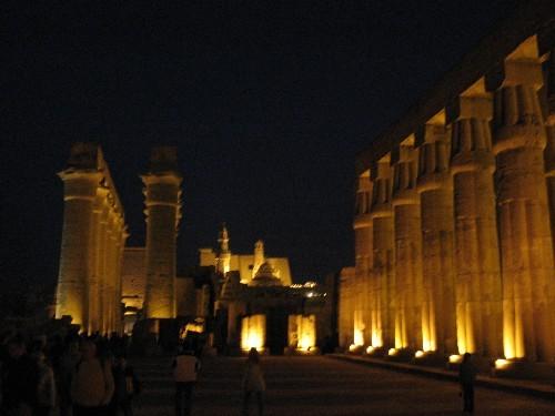 Храм Луксор Моя любимая фотография (хоть и не самая качественная) – в темном небе Луксора над камня... - 2