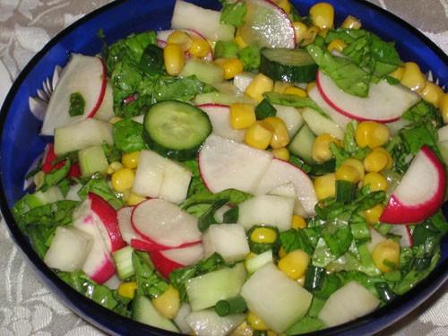 Хаару-но-сарада - разноцветный овощной салат