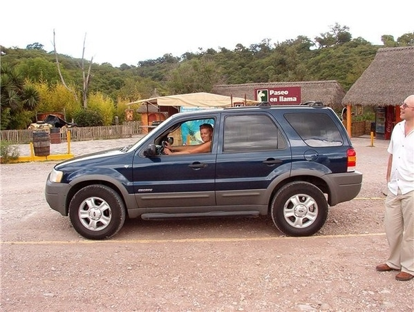 Поздравляю с такой замечательной покупкой, у нас тоже джип, правда форд, в нем так надежно и спокой...