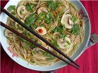 Блюда Азиатской кухни Японская кухня Как варить рис, или как его варят азиаты Суши десертные с фрук...