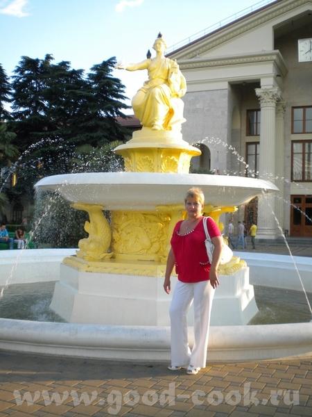 """Это фонтан """"Новигация""""в морпорту почему-то не получается загрузить больше одной фотки"""
