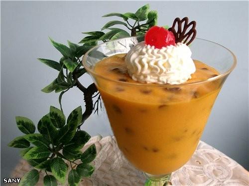 ДЕСЕРТ ИЗ МАНГО Для крема: 3-4 больших спелых манго 1 банка (400г) сгущенного молока 2 ч - 2