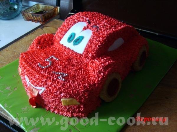 , очень красиво и натурально выглядят оба торта