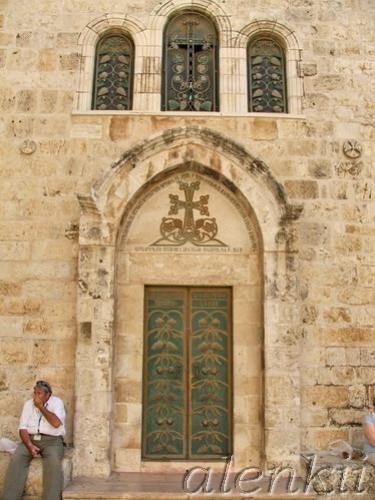 Еврейский квартал - лабиринт переплетающихся между собой средневековых улочек и переулков - 8