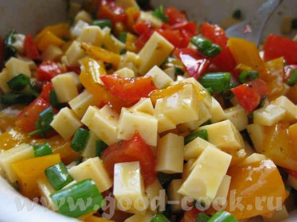Мясные гамбургеры с овощами и сыром Ингредиенты: ■ 600 г свинины (или телятины) ■ 1 лук... - 5