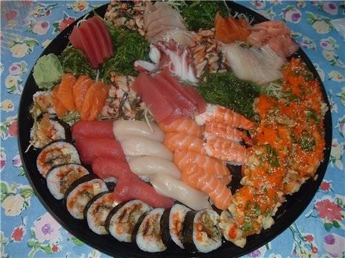 У нас вчера были суши заказные,Лаур приготовление было еще тяжелее чем морковка и несчастная кура