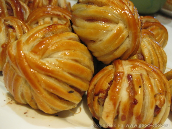 100 блюд из телятины Клубочки ниток (мясные шарики в тесте)