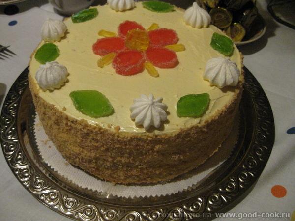 Угощайтесь,кто любит сладенькое-торт с д