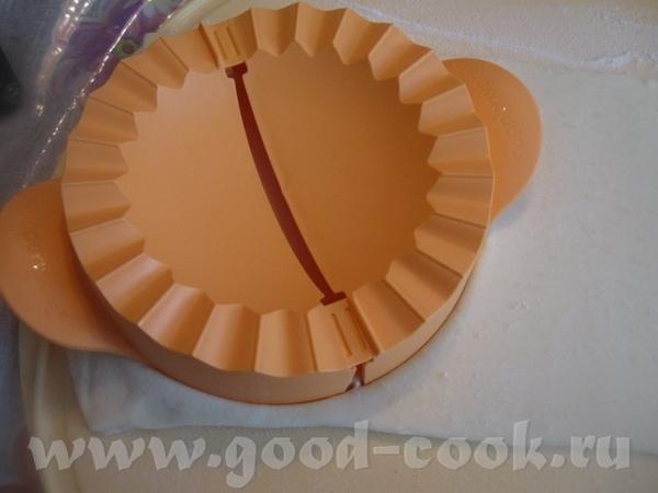 Готовое слоеное тесто ( 1 кг) немного раскатываем - 3