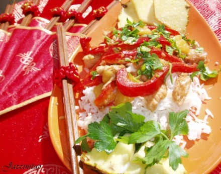 Чем мы питались эти пару дней Котлеты в томатном соусе с картошечкой,малосольным огурчиком и марино... - 2