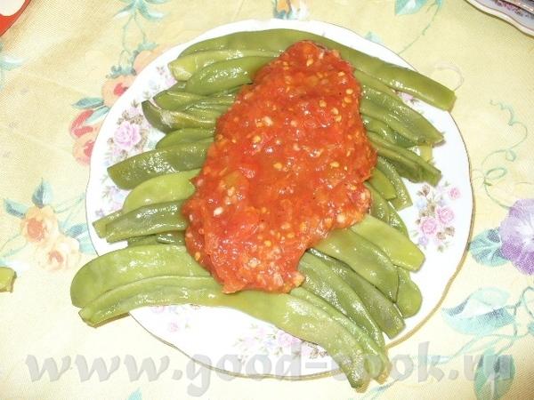 ну и обязательно закуска: лобби зеленая, отварная, под томатным соусом соления ассорти нарезка мясн...