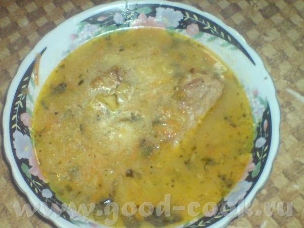 Сырно-картофельно-вермишелевый супчик на свиной грудинке Грудинку обжарить на сковороде добавить лу...
