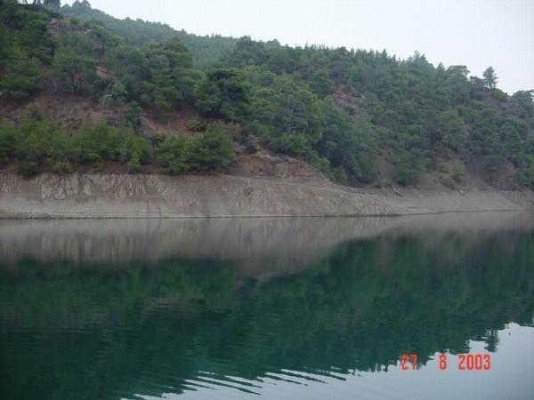 А вот и мои фотографии, правда не первой свежести, ну, как говорится, чем богаты Наше любимое озеро...
