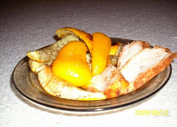 , наверное уже поздно и свининка приготовлена, но я часто делаю так: натираю кусок свинины солью, п... - 4