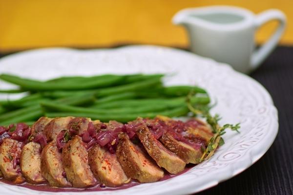 Утиная грудка с сoусом с фиолетовой горчицей - Magret de Canard а la Moutarde Violette \