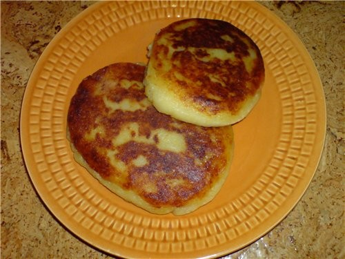 Картофельные блинчики(пирожки) с капусткой и грибами 6-7 средней велечины картошки(отварить в мунди...