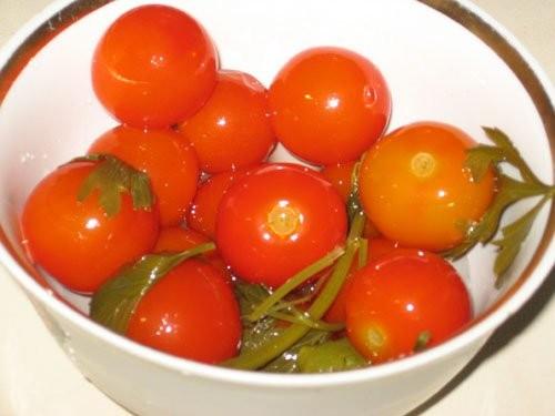 А вот и я , тащу отчет с очередного дня рождения : Петегроф от Салат из маринованных овощей от Mrs - 4