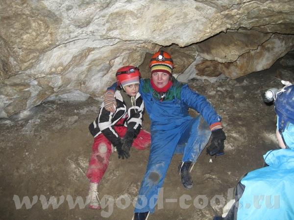 Друзья-спелеологи рассказывали про Хакасию давно, особенно про пещеры