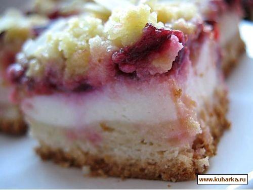 сливовый пирог с творогом для теста 125 мл молока,250 гмуки,25 г дрожжей(свежих),40 г сахара,1 щепо...