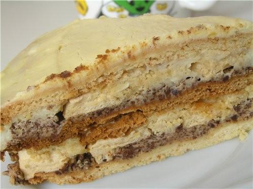 Очень вкусный торт, правда не самый быстрый в приготовлении, но результат того стоит