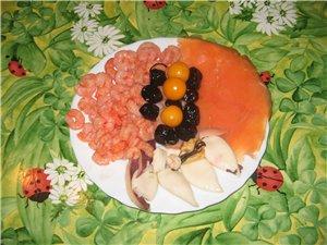 Лавашные рулетики Разные сорта колбасы с овощами от Нелли Рыба Ето индейка, запеченная в томатном с... - 3