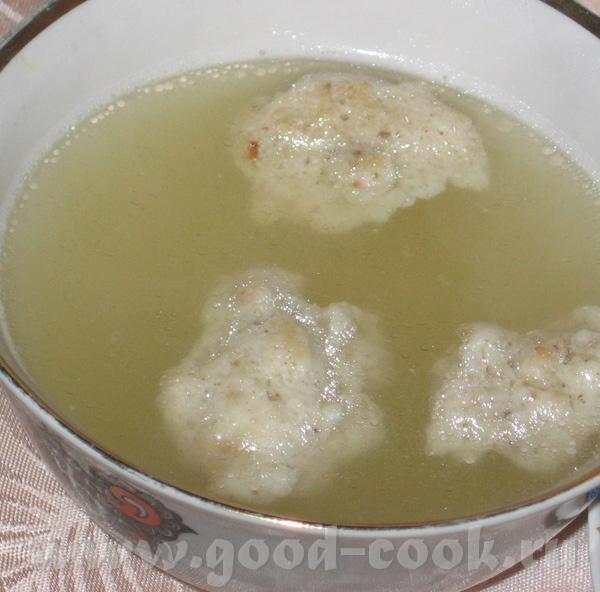 Воздушные кнейдлах (по вкусу напоминают суфле) 6 яиц 9 плоских ложек муки из мацы соль, перец Взбит... - 2
