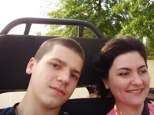С братом мы также ездили кататься на картинг - 2