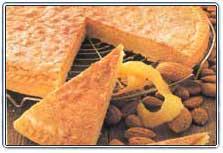 Еще один Шведский торт 1 стручок ванили 150 г размягченного масла 40 г сахара щепотка соли 2 желтка...