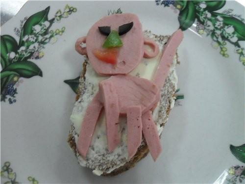 У нас сегодня была практика по бутербродам, на самый лучший - 4