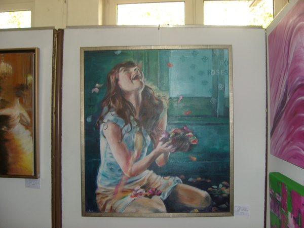 2 мои картины нижние висели рядом с Боб Россовскими - 2