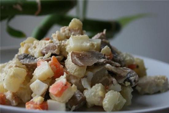 очень вкусный салат с курицей 300 гр