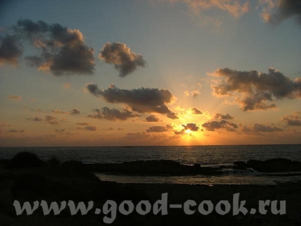 Бахайские Сады мы оставили на Хайфу, а сами поехали купаться в тёплом, как парное молоко Средиземно... - 5